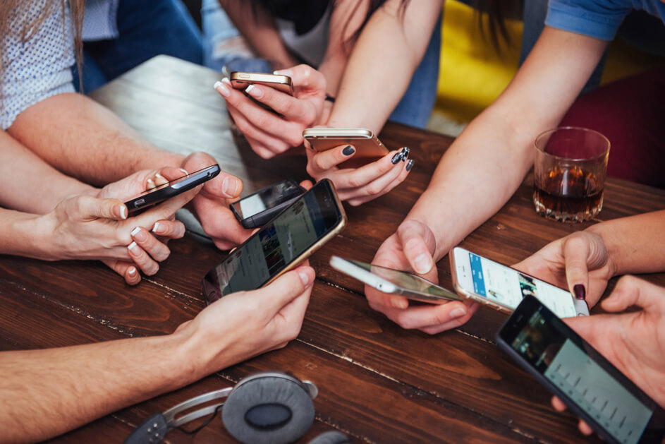 Lots of mobiles in hands